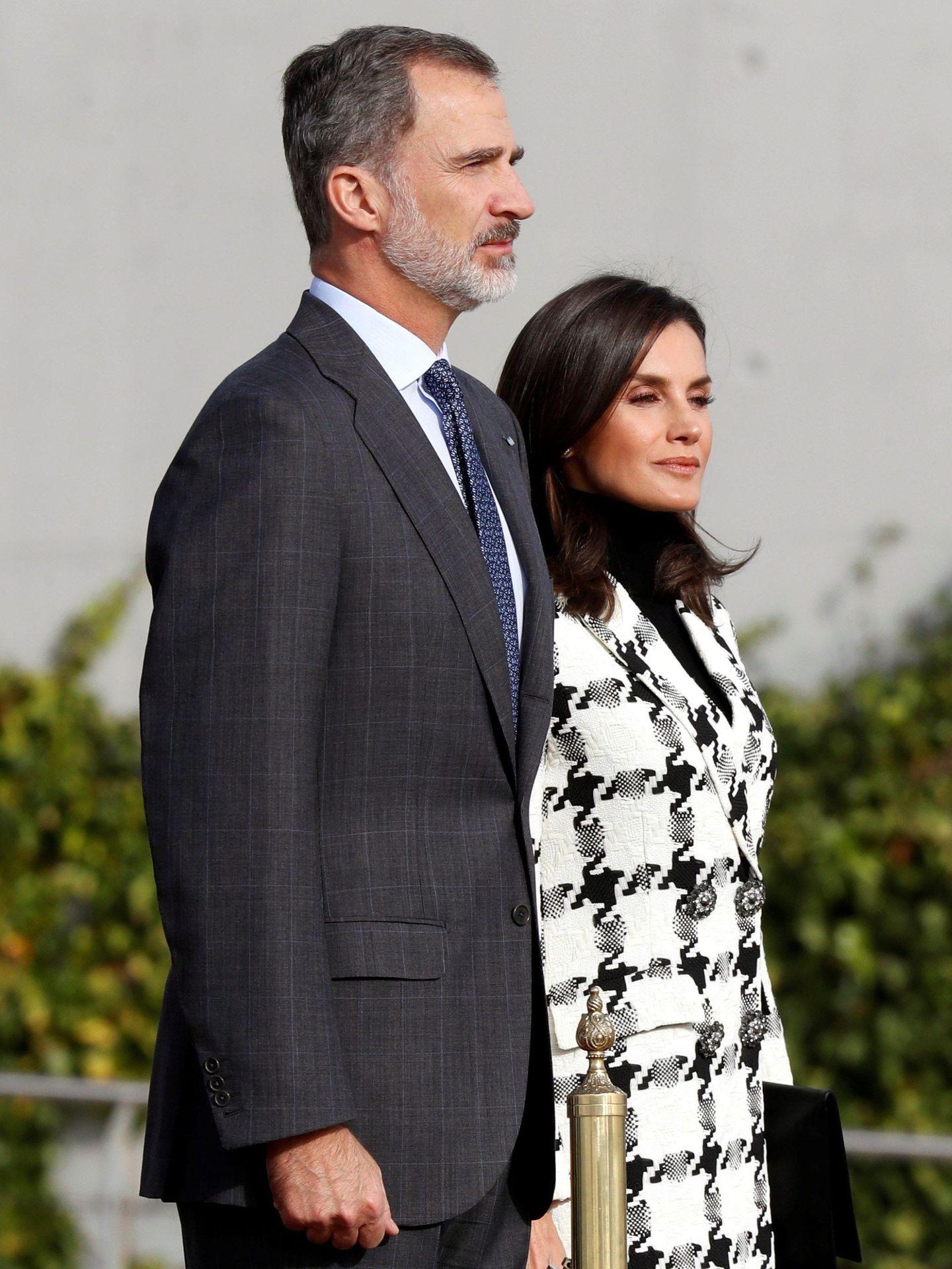 Los reyes Felipe y Letizia, antes de partir a Cuba. (EFE)