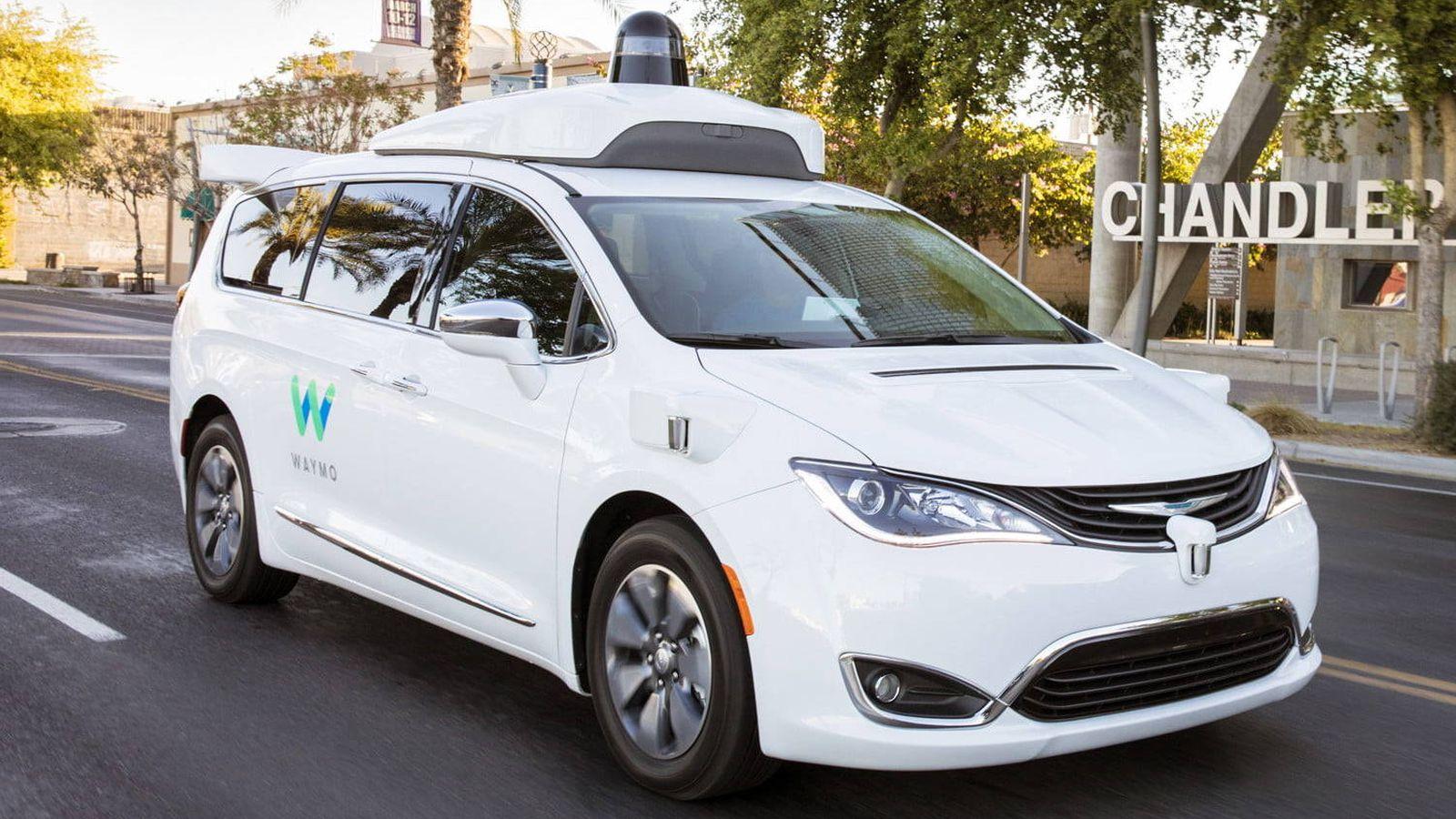 Google: Los 'taxis' autónomos ya son una realidad, pero no son tan útiles  como se esperaba