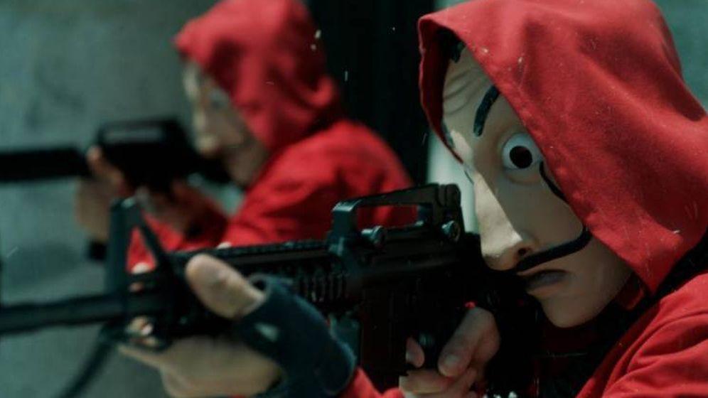 Los guardas de 'La Casa de Papel': así te están dejando sin millones de pelis y series piratas