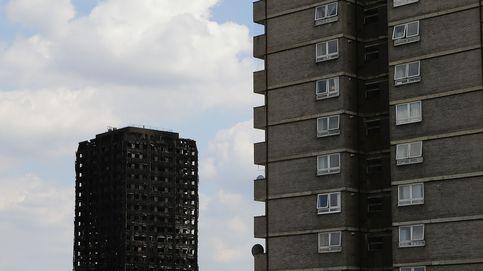 Denuncian que el material de la torre de Londres era ilegal y elevan a 79 los muertos