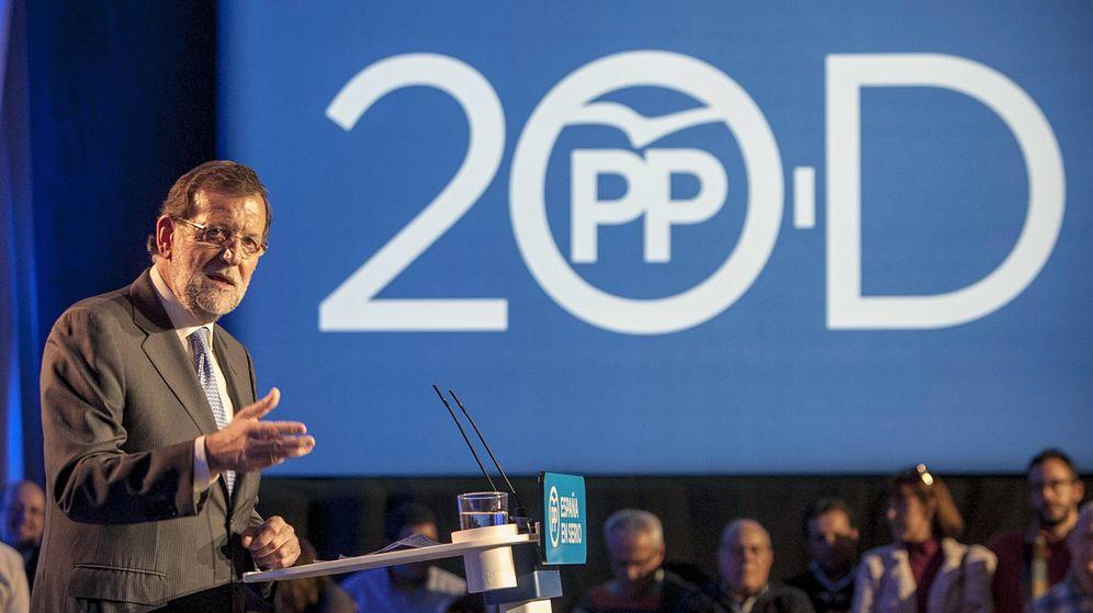 Foto: El presidente del Gobierno y del PP, Mariano Rajoy, durante su intervención en un acto público en Badajoz. (EFE)