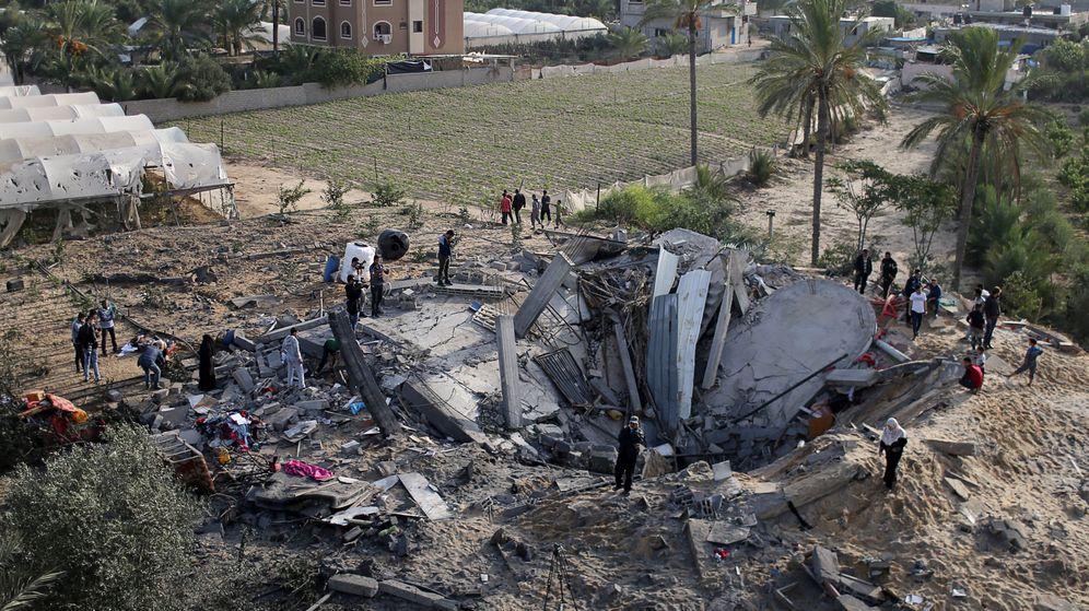 Foto: Restos de una casa destruida por un bombardeo israelí en Gaza. (Reuters)