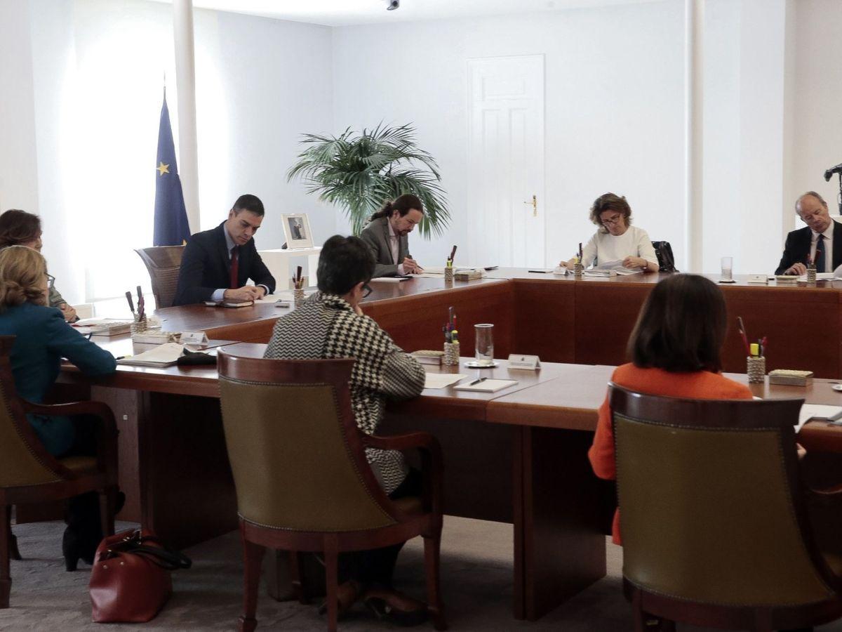 Foto: La reunión del consejo de ministros de este sábado. (Moncloa)