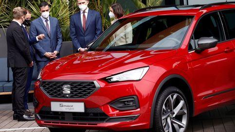 Sánchez abre las ayudas para fabricar coches eléctricos tras las críticas al dedazo a VW