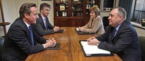 Foto: Reino Unido y Escocia firman el acuerdo sobre el referéndum de independencia escocés