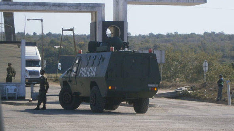 Convoy militar en Mozambique. (J.B.)