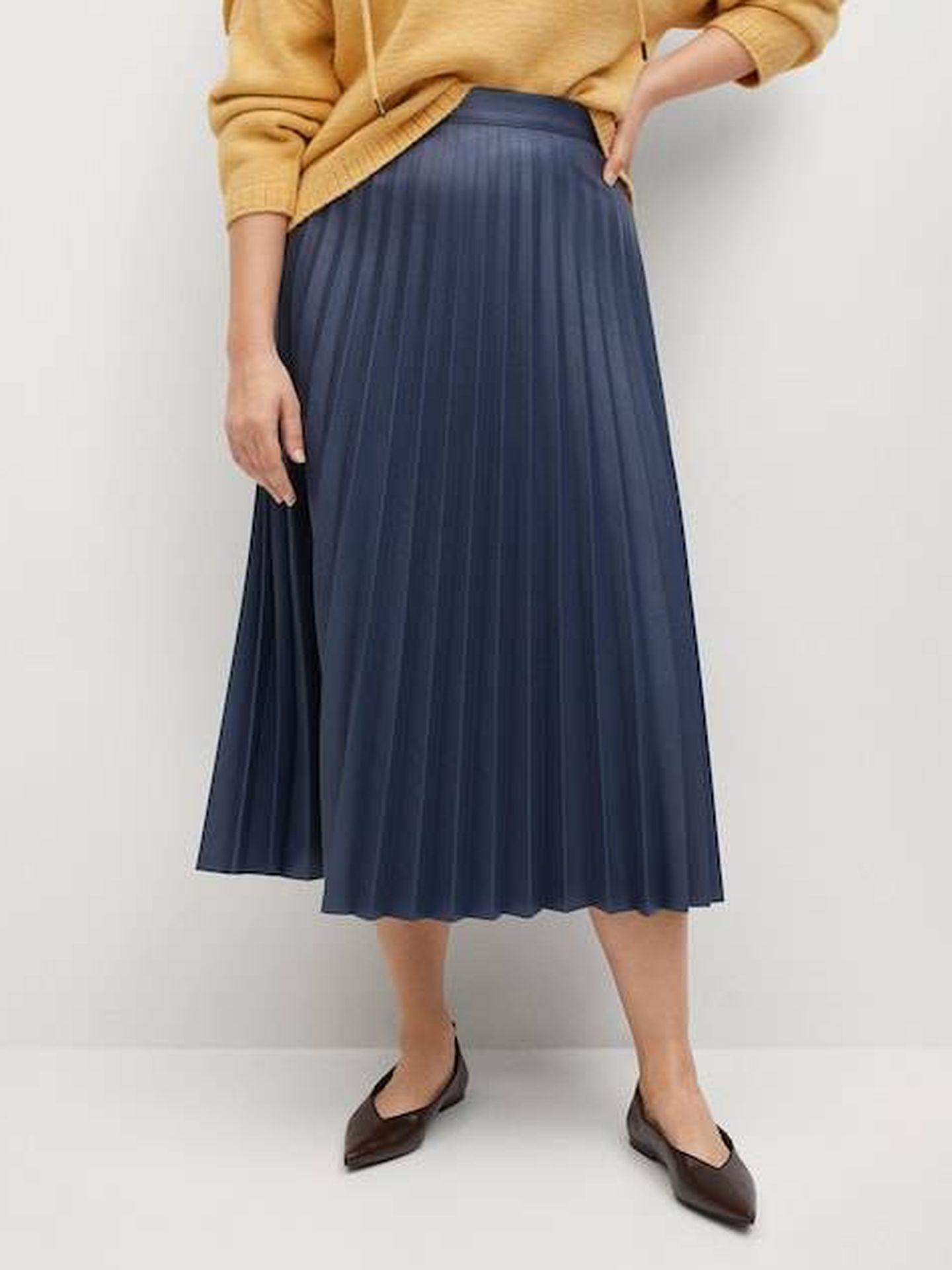 Falda de Mango que estiliza cintura. (Cortesía)