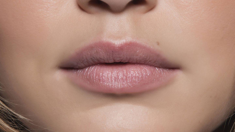 Ácido hialurónico para los labios: cómo, cuándo y por qué. (Imaxtree)