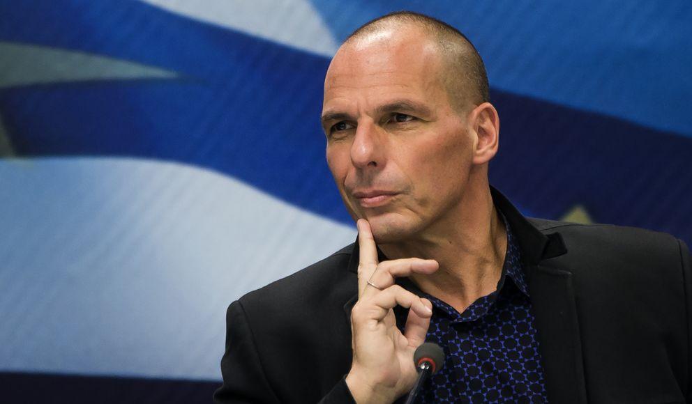 Foto: Con casi 54 años, el ministro de finanzas griego Yanis Varoufakis levanta pasiones en media Europa. ¿Qué lo hace tan atractivo? (REUTERS)