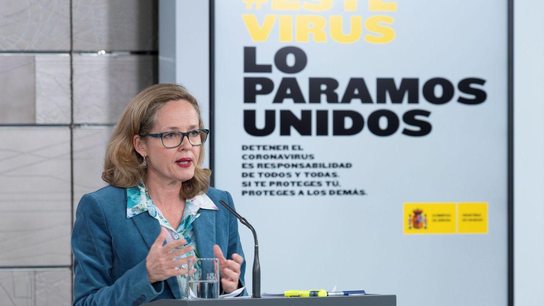 La vicepresidenta tercera y ministra de Asuntos Económicos y Transformación Digital, Nadia Calviño, en Moncloa. (EFE)