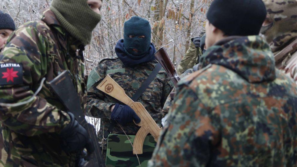 Fusiles de juguete para frenar a Putin: las autodefensas de Ucrania