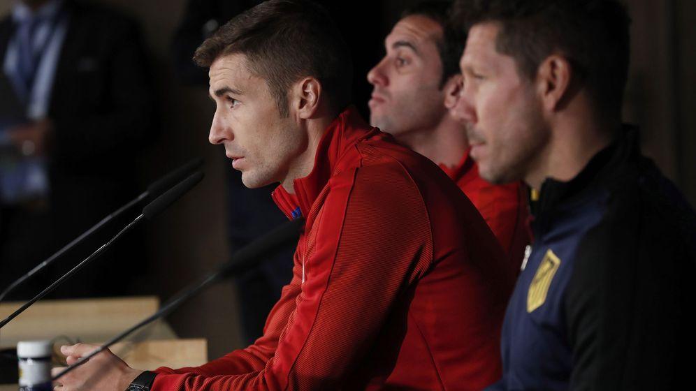 Foto: El núcleo duro del Atlético: Simeone, Gabi y Godín. (EFE)