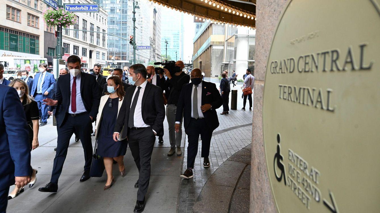 Foto: El presidente del Gobierno, Pedro Sánchez (i), visita Nueva York, como parte de su gira por Estados Unidos. (EFE)
