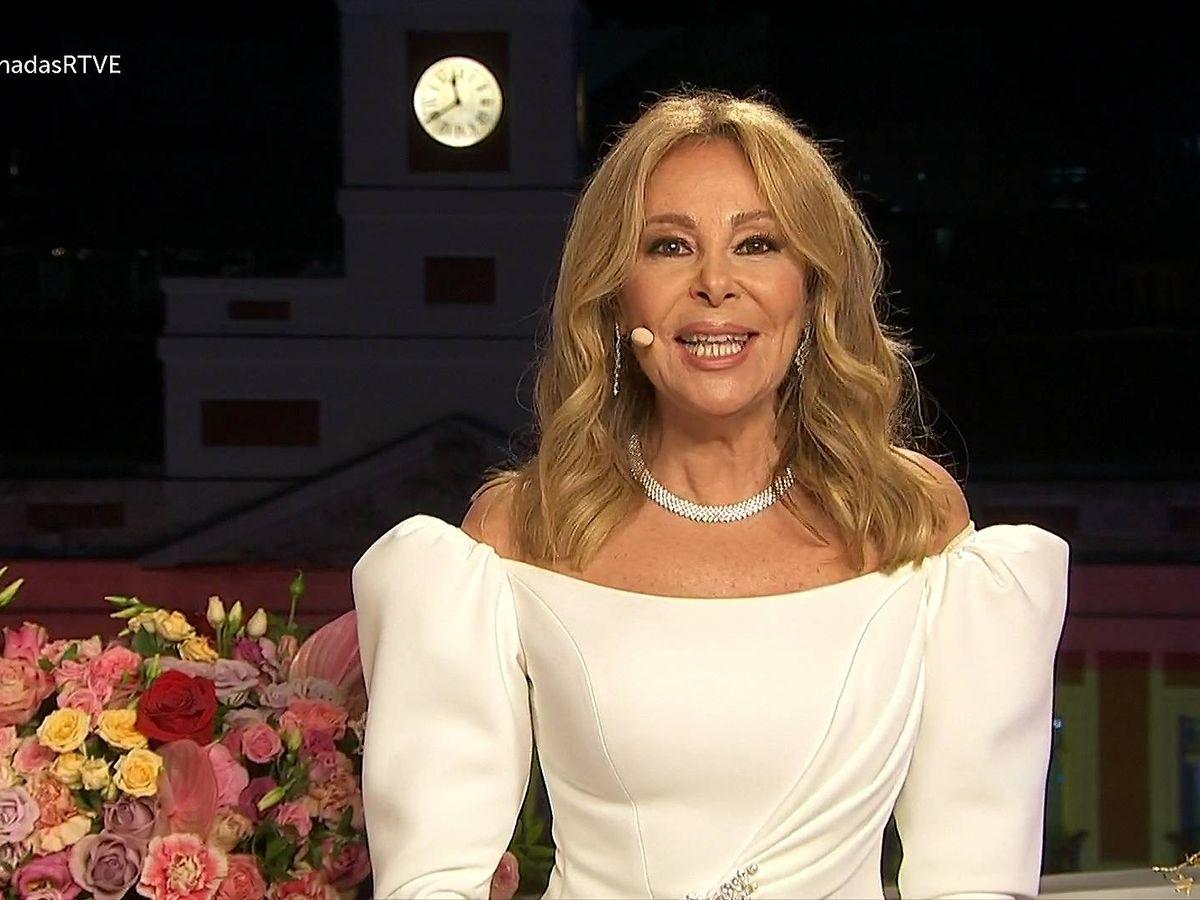 Foto: Ana García Obregón, en 'Campanadas 2020'. (RTVE)