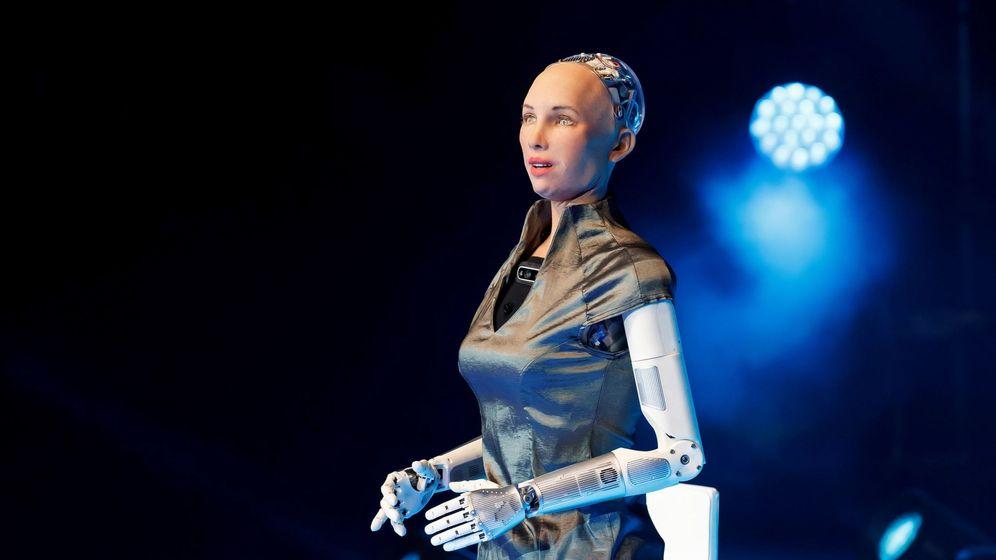 Foto: La robot humanoide Sophia, que funciona con inteligencia artificial. (EFE)