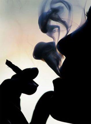 Foto: Fumar un pitillo durante la jornada laboral es un derecho del trabajador