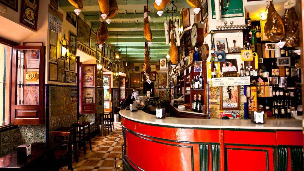 Foto: Un tradicional bar de Sevilla. (iStock)