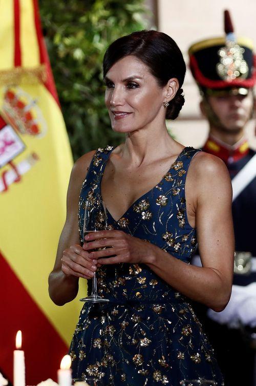 Foto: La reina Letizia, en la cena de gala. (EFE)