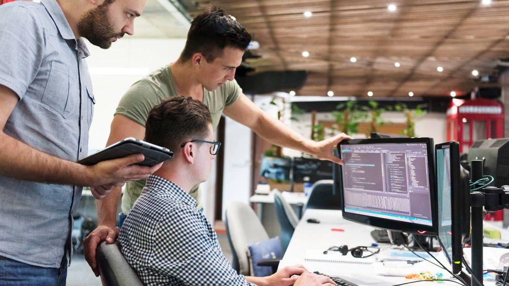 Guerra en el Ibex por el talento 'millennial': 100.000€ al año por los perfiles tecnológicos