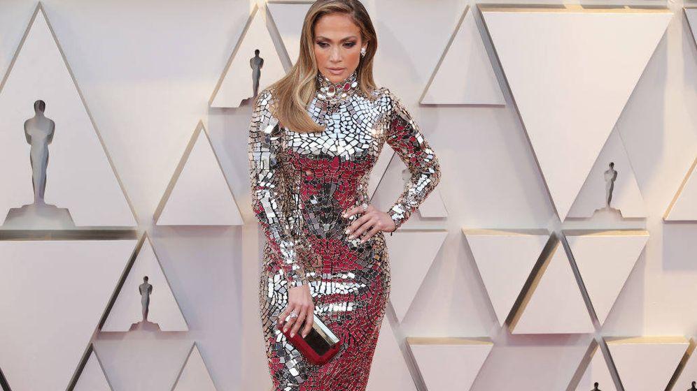 Foto: Jennifer Lopez en la alfombra roja de los Oscar 2019. (Getty)