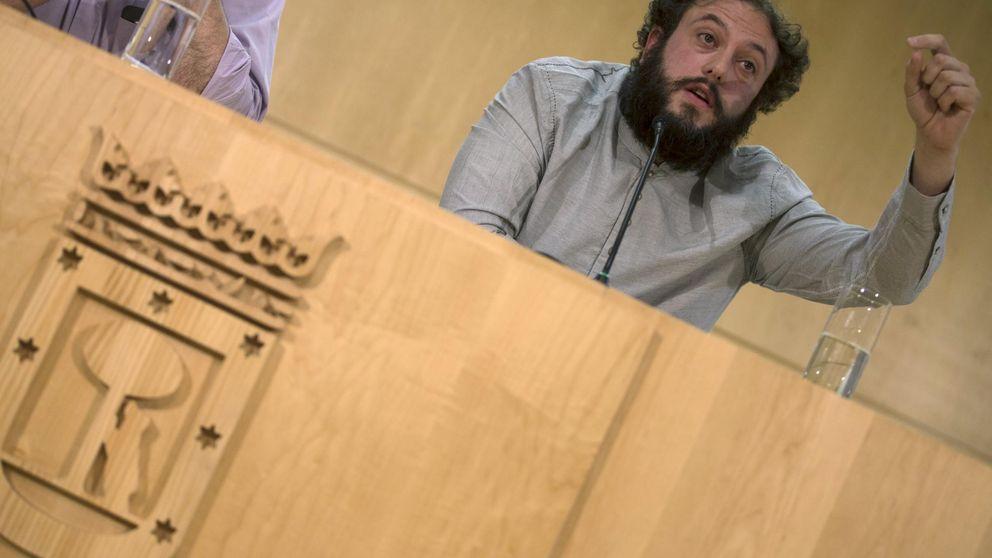 La AVT lamenta que se usen los 'tuits' de Guillermo Zapata como lanzadera política