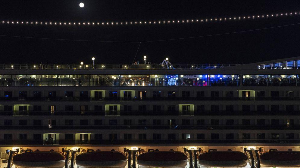 Foto: ¿Qué hace la tripulación por la noche? (iStock)