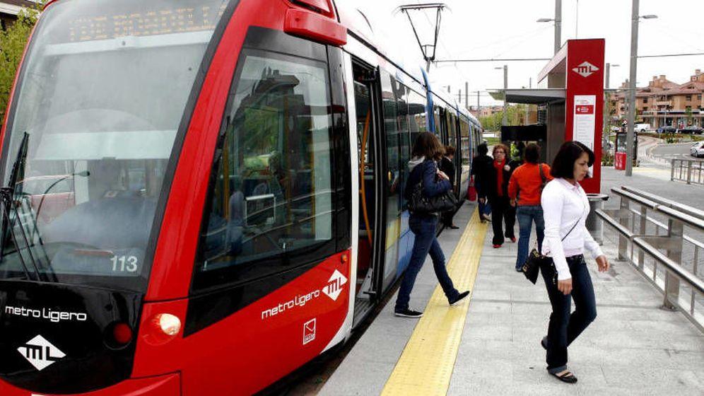 Foto: El 55% de los viajeros piensan que el Metro de Madrid ha perdido calidad en los últimos años. (EFE)