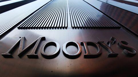 Moody's critica la débil reforma fiscal y la falta de austeridad de España