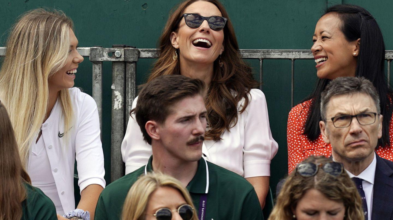 La duquesa, disfrutando del partido. (EFE)
