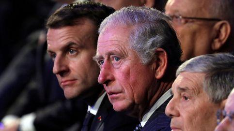 Las manos del príncipe Carlos se hacen virales en España (y esta es la razón)