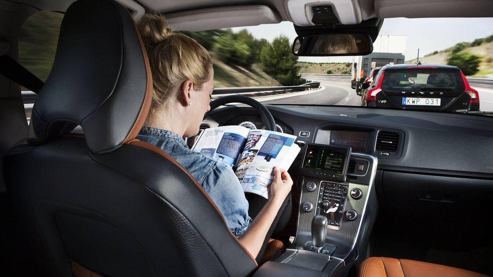 Foto: Falta mucho para la conducción autónoma en todos los coches