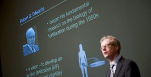 El investigador británico Robert G. Edwards gana el Nobel de Medicina