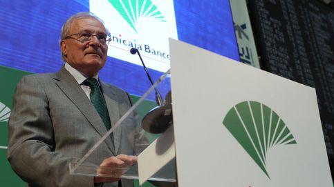 Unicaja atrae a otra gran fortuna de Málaga: Tomás Olivo toma el 3%