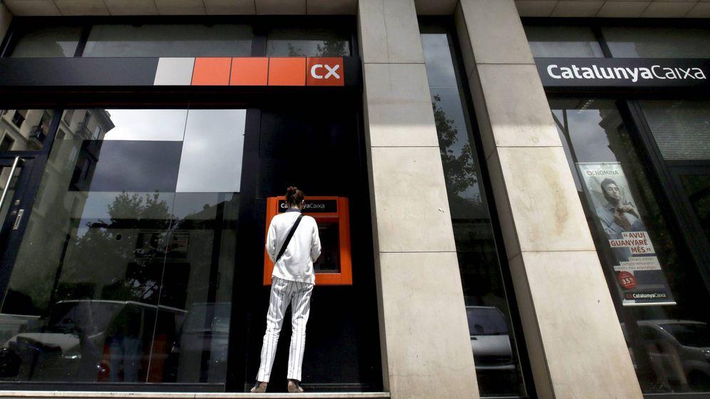 Foto: Un cajero automático de Catalunya Caixa en Barcelona. (EFE)