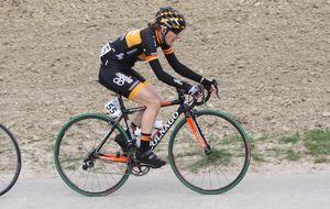 La ciclista Anna Sanchis busca recursos para la cita olímpica de Río