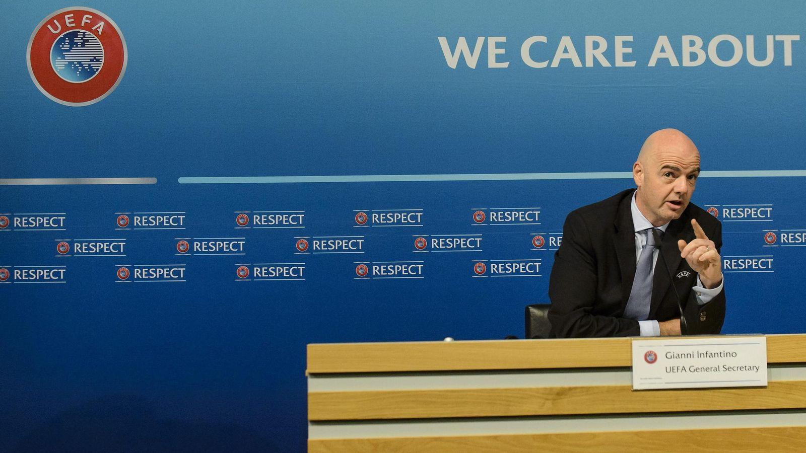 Foto: Gianni Infantino durante la rueda de prensa (Efe).