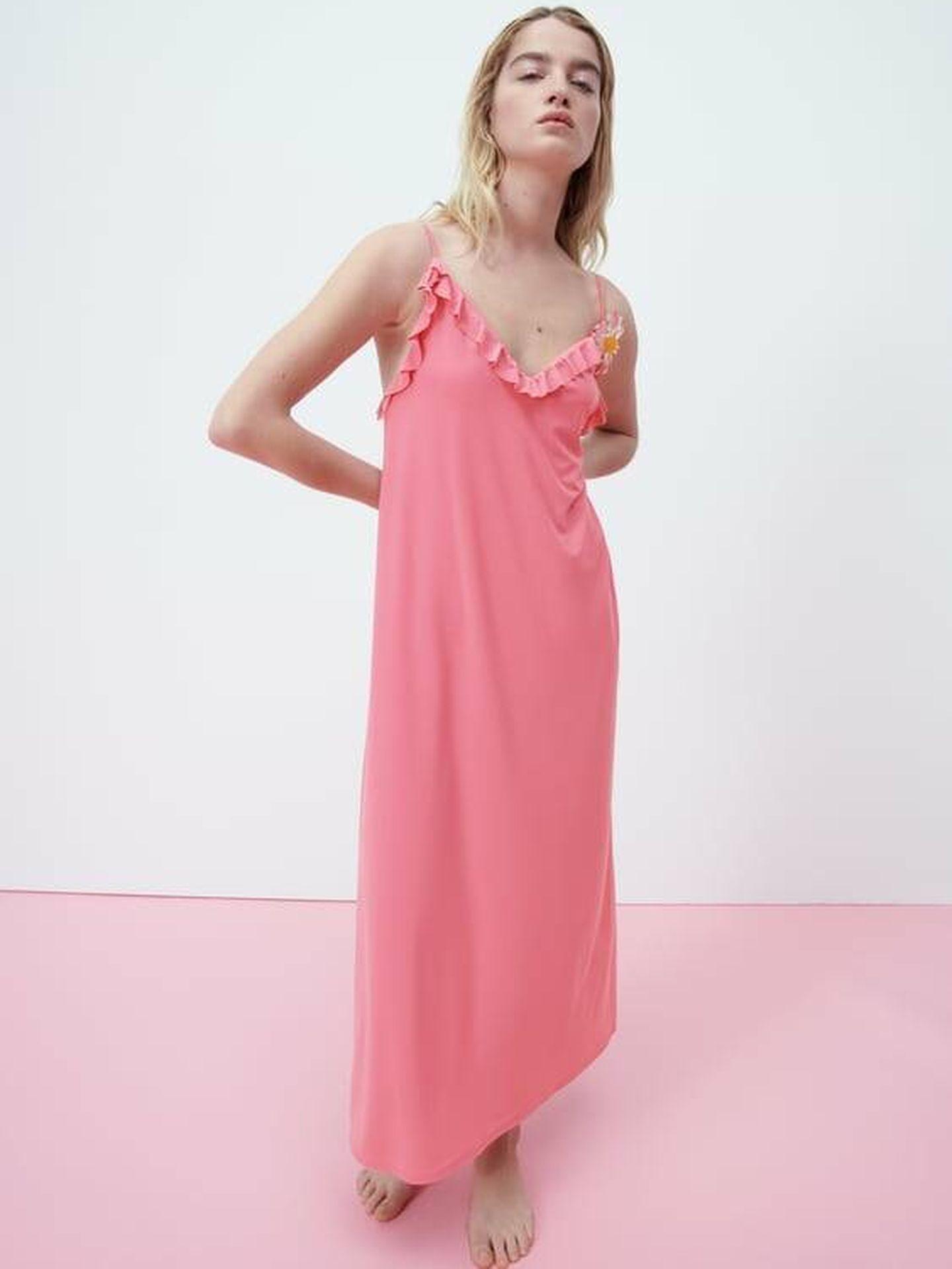 Vestido de las rebajas de Zara apto para el calor. (Cortesía)