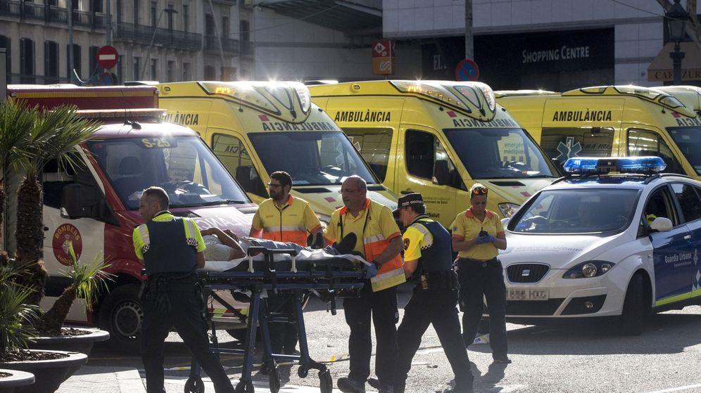 Atentados barcelona el horror de los sanitarios hemos for Sanitarios barcelona