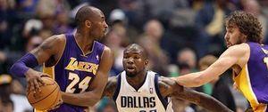 Foto: Los Lakers reaccionan y destrozan a los Mavericks