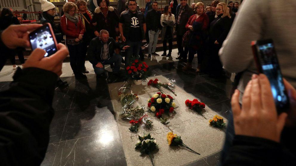 El Gobierno termina de encajar la fecha de la exhumación para entrar con Franco en el 10-N