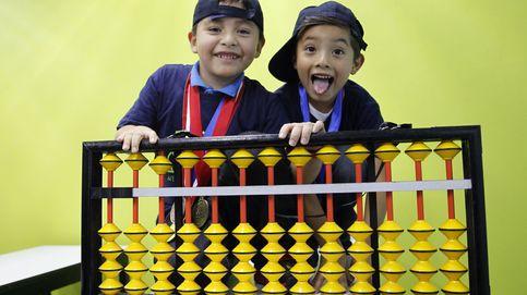 Niños mexicanos ganan torneo matemático con un ábaco y tres nuevas especies de ranas en los Andes del Perú: el día en fotos