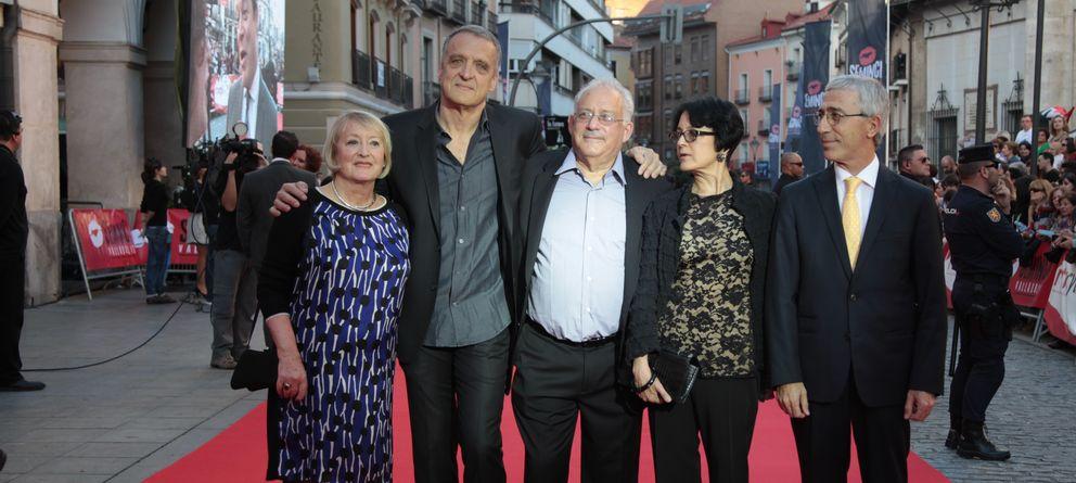 Foto: Laurence kardish (en el centro) junto al resto de jurados de Seminci.