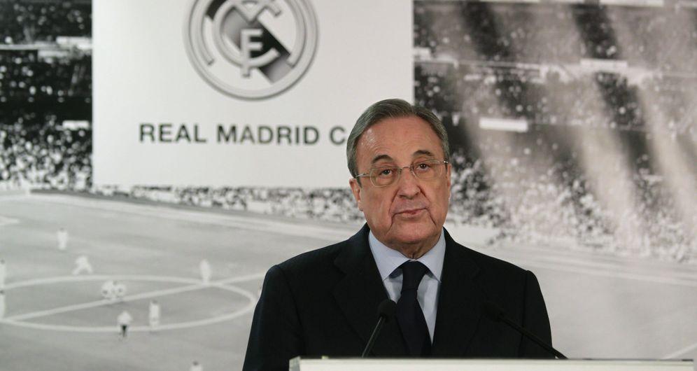 Foto: En la imagen, Florentino Pérez durante la comparecencia pública en la que anunció el cese de Rafa Benítez (EFE)
