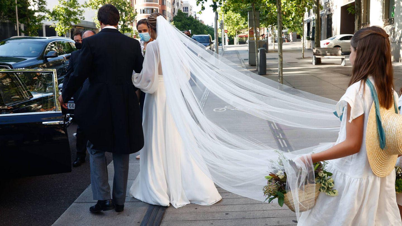 Mónica Aznar y Fabrique Balmaseda tras casarse. (Gtres)