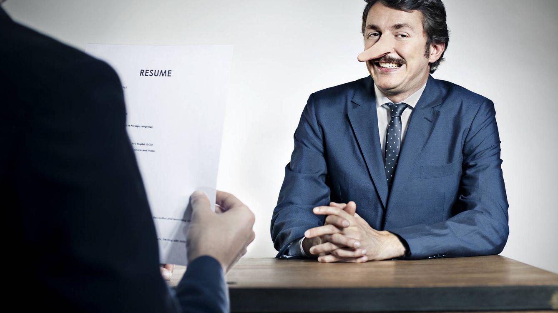 Los ingeniosos trucos de gente que mintió en su currículum para lograr empleo