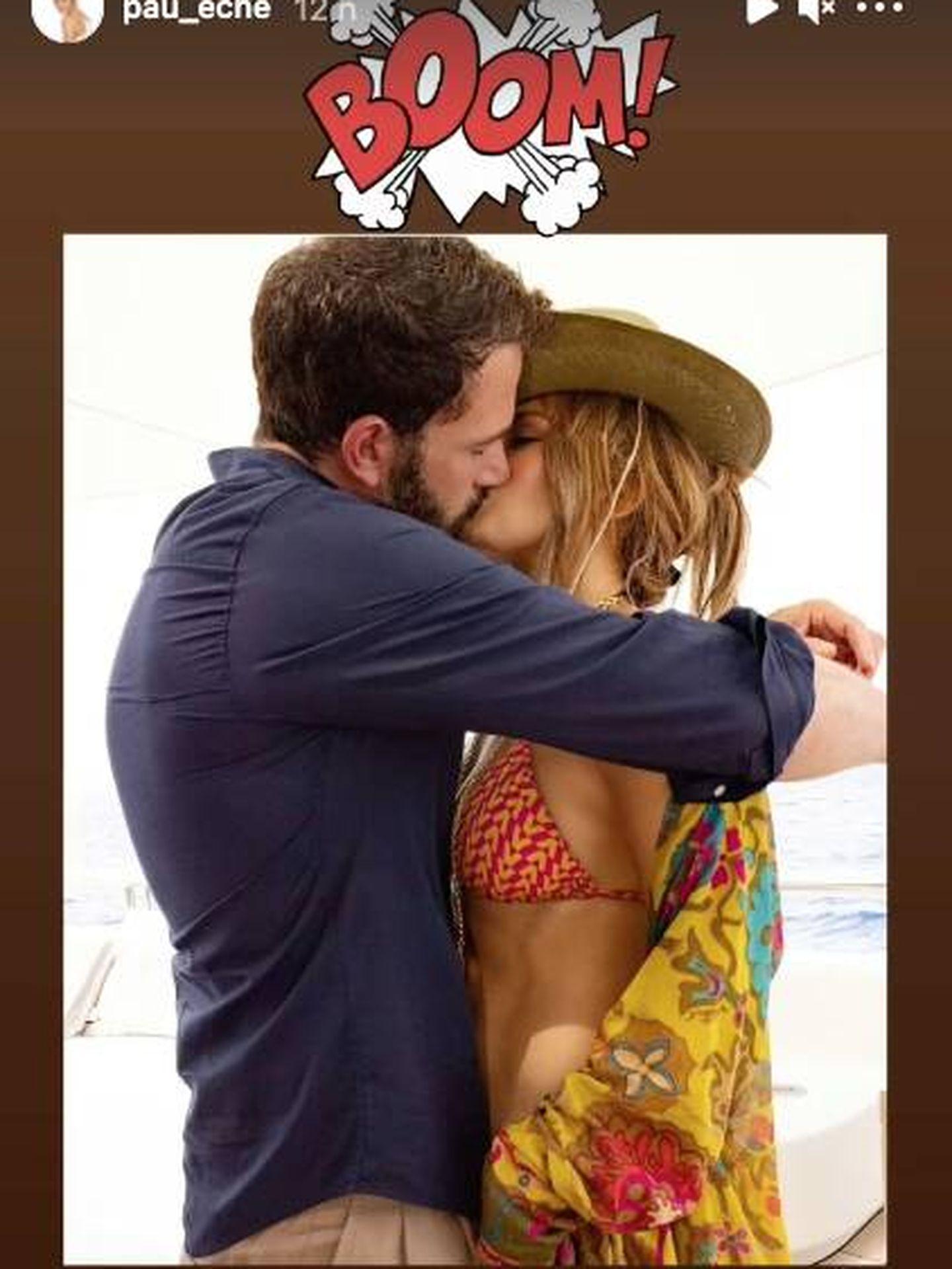 Paula Echevarría, compartiendo el beso de Bennifer. (Instagram @pau_eche)