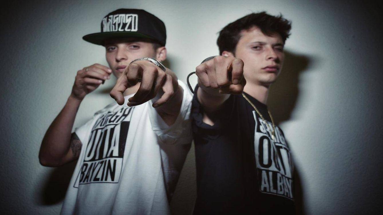 Ayax y Prok, el rap para perros sin bozal