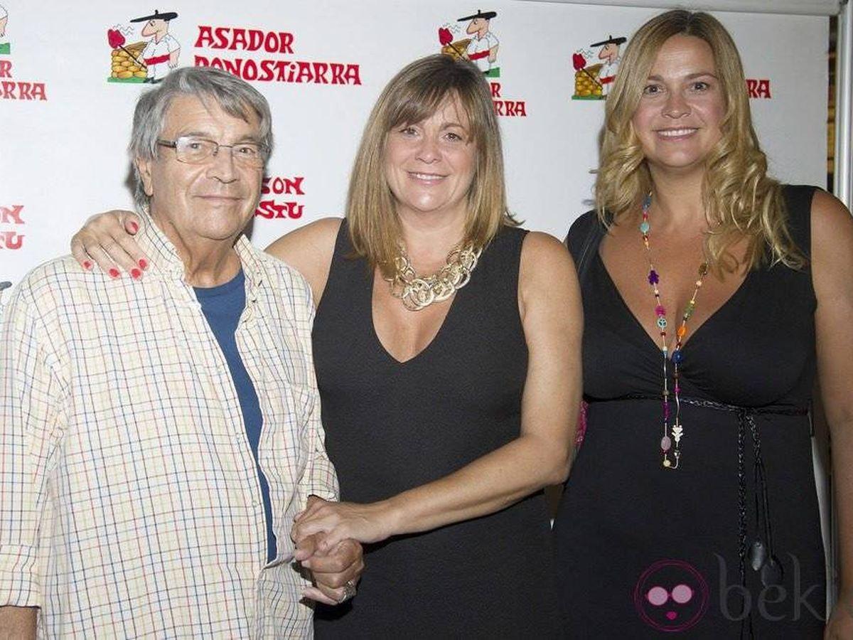 Foto: Lorenzo, junto a sus hijas Loreto y Marta. (Gtres)