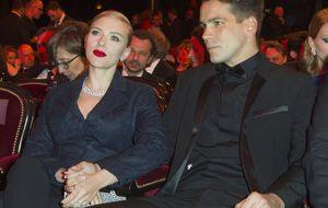 Scarlett Johansson se casará este agosto con Romain Dauriac, padre de su hijo