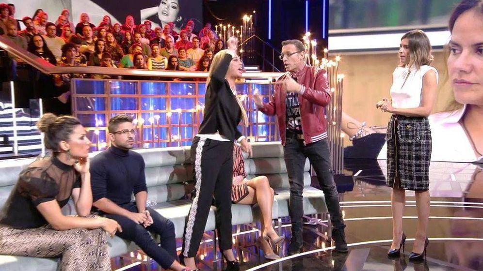 Foto: Carlos Lozano y Belén Esteban. (Telecinco)